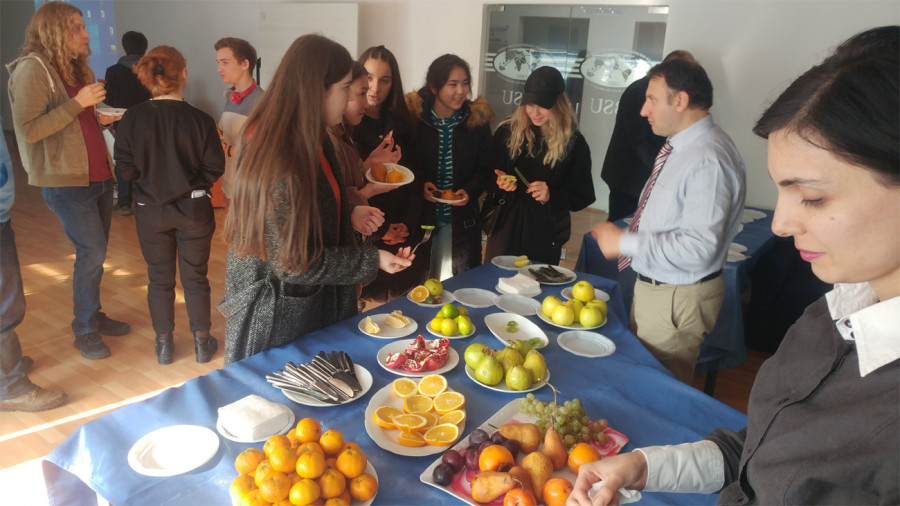 Intercultural Fruit Day
